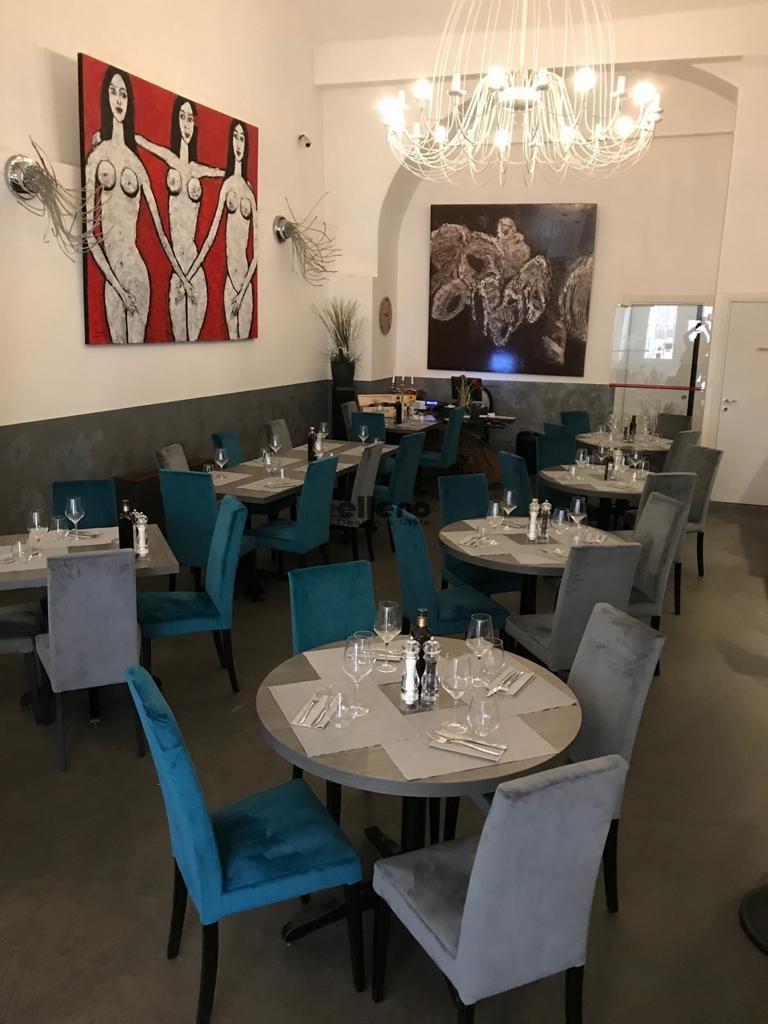 Bandiera_Gialla_Trieste_Friuli_Venezia_Giulia_Italia_Tiziana_chair_