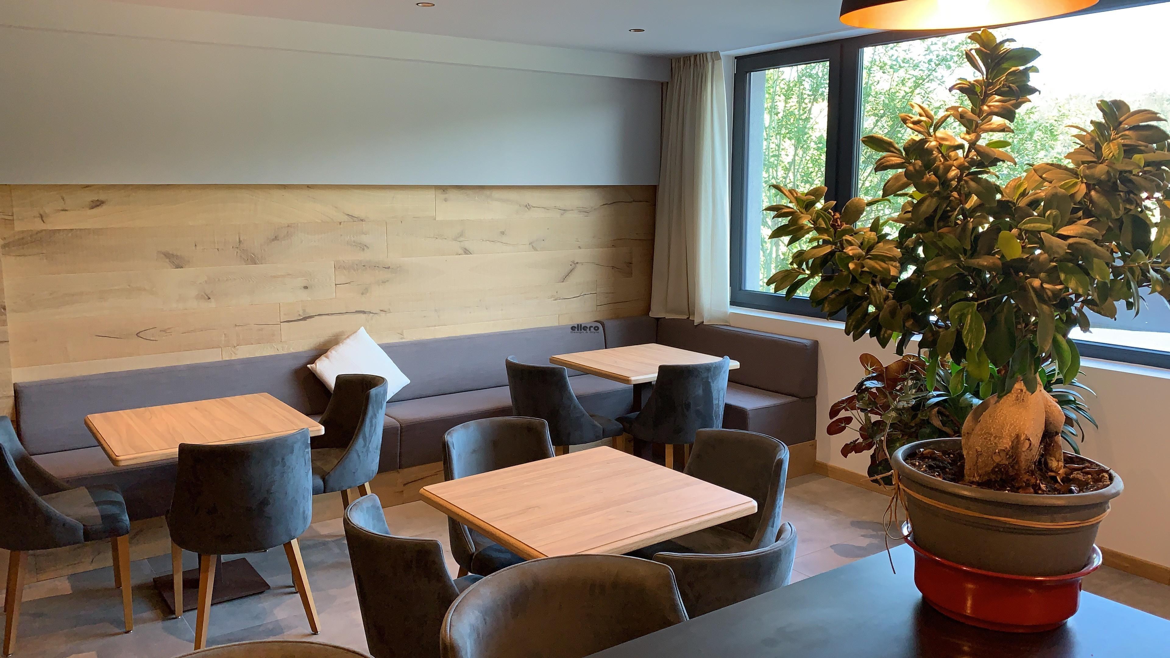Hotel_Al_Lago_Lavarone_Trentino_Italy_Basic_chair_and_barstool